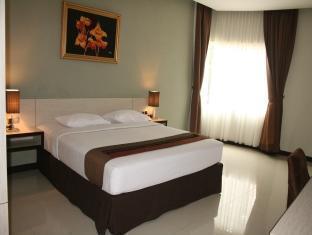 Hotel N3 Jakarta - Deluxe Double Bed