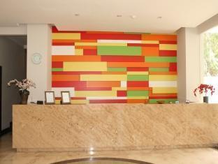 Hotel N3 Jakarta - Reception