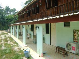 Hotell Hornbill Krua Nok Nguek Guesthouse   Restaurant i , Sai Yok (Kanchanaburi). Klicka för att läsa mer och skicka bokningsförfrågan