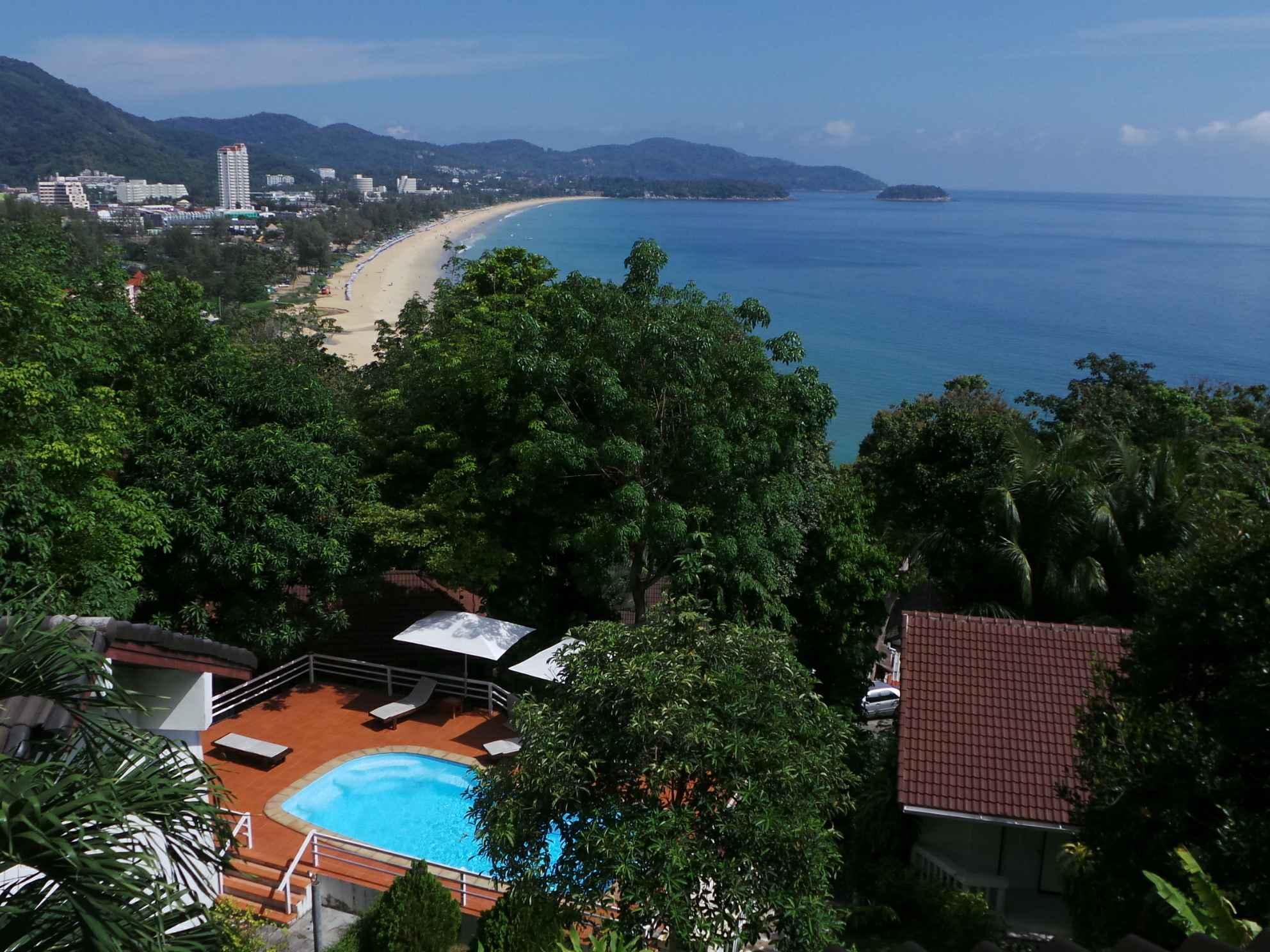 Hotell On The Hill Karon Resort i Karon, Phuket. Klicka för att läsa mer och skicka bokningsförfrågan