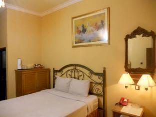 JB Hotel Samarinda - Guest Room