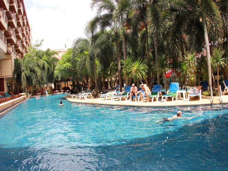 Hotell Bauman Hotel i Patong, Phuket. Klicka för att läsa mer och skicka bokningsförfrågan
