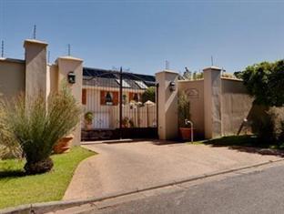 Cheap Hotels in Cape Town South Africa | Le Bonheur Villa