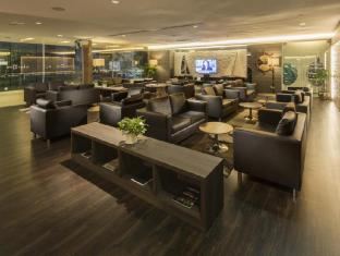 ONE15 Marina Club Сінгапур - Вітальня представницького класу