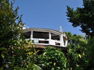 Heidis Garden Boracay Apartment