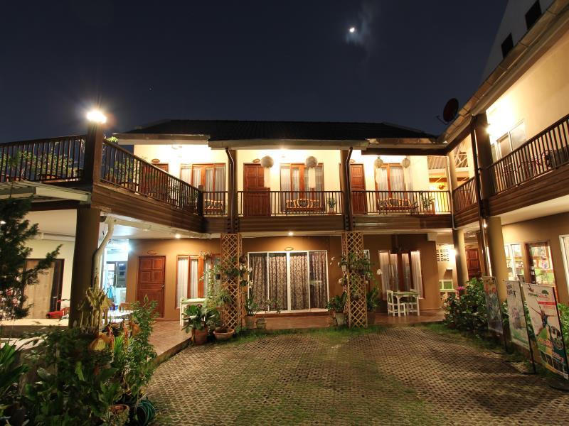 Thongran 39 s house old city chiang mai thailand great for Classic house chiang mai
