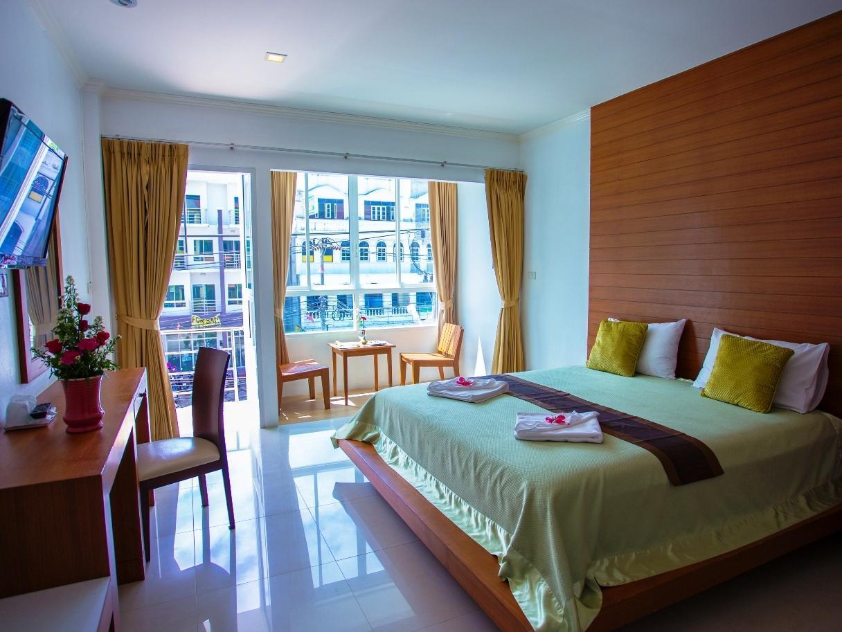 Hotell Sukcheewa Residence Phuket i Patong, Phuket. Klicka för att läsa mer och skicka bokningsförfrågan