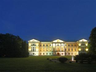 Mezotne Palace Hotel