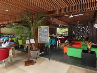 The Bene Hotel - Kuta Bali - Food, drink and entertainment