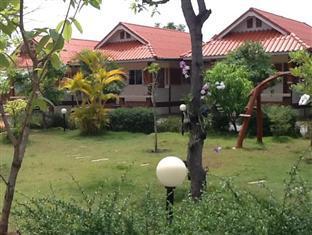 Hotell Baansuannatprapa i , Khao Yai / Nakhonratchasima. Klicka för att läsa mer och skicka bokningsförfrågan