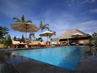 Sunset Coin Lembongan Cottage & Spa Bali - Outdoor pool