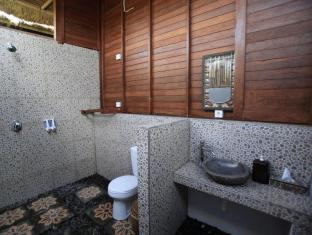 Sunset Coin Lembongan Cottage & Spa Bali - Bathroom in room