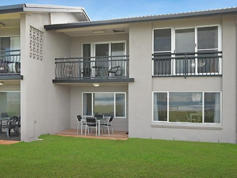 Lennox Head Beachfront Apartments - Hotell och Boende i Australien , Lennox Head