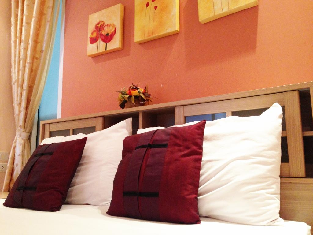 Ibiza Room for Rent Guesthouse - Hotels and Accommodation in Thailand, Asia
