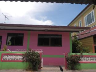 Phuttharaksa Homestay Pattaya - Exterior