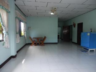 Phuttharaksa Homestay Pattaya - Interior