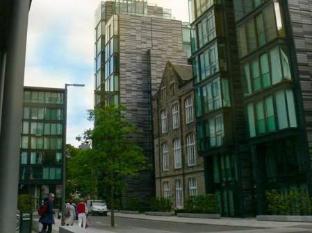 VIP Apartments Edinburgh - Hotel Exterior