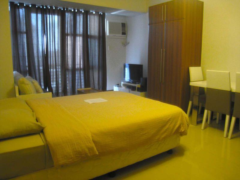 One Livable Area in Greenbelt Excelsior Condominium - Hotels and Accommodation in Philippines, Asia