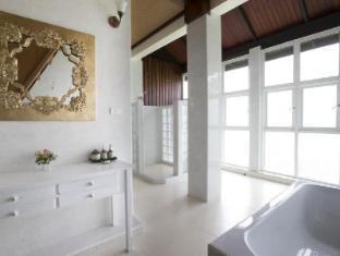 Tewa Boutique Hotel Bangkok - Bathroom
