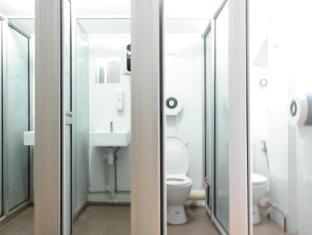 Plush Pods Hostel Singapore - Tatami Shared Bathroom