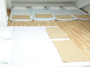 Plush Pods Hostel Singapore - Tatami Room