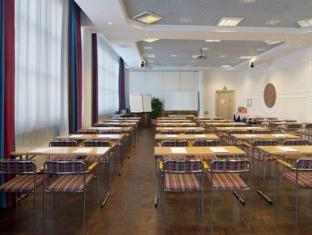 Holiday Inn Tampere Hotel Tampere - Møderum