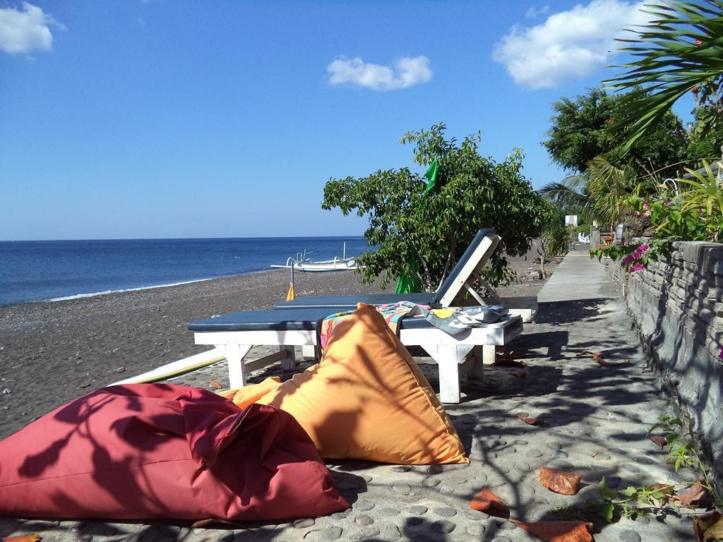 Solaluna Beach Homestay - Bali