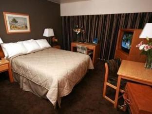 Comfort Inn Vancouver Airport Richmond (BC) - Suite Room