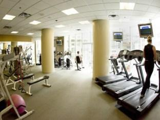 Marriott Pinnacle Hotel Vancouver (BC) - Gym