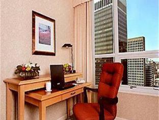 Marriott Pinnacle Hotel Vancouver (BC) - Hotellet från insidan