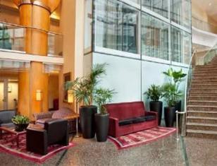 Marriott Pinnacle Hotel Vancouver (BC) - Lobby