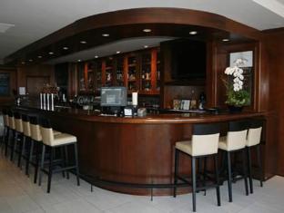 Granville Island Hotel Vancouver - Bar/ Salón