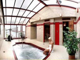Granville Island Hotel Vancouver - Piscina de hidromasaje