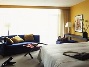 Opus Hotel Vancouver - Sviitti
