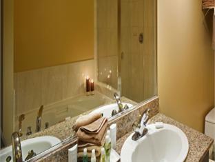 Rosedale On Robson Suite Hotel Vancouver (BC) - Bathroom
