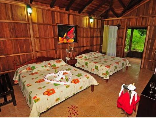Hotel Lomas del Volcan - Hotels and Accommodation in Costa Rica, Central America And Caribbean