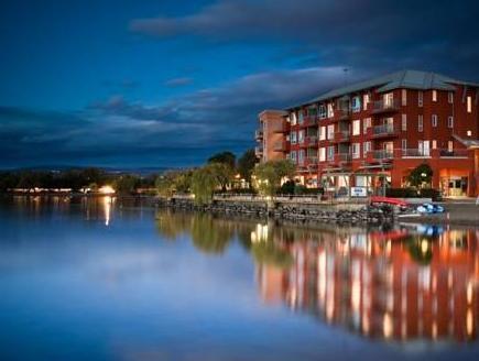 Manteo Resort Kelovnas - Viešbučio išorė