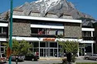 Banff Voyager Inn Hotel