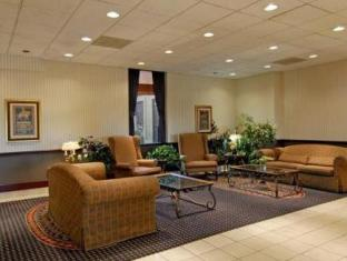 Travelodge Calgary Airport Hotel Calgary (AB) - Suite Room