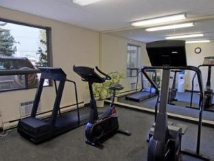 Travelodge Calgary Airport Hotel Calgary (AB) - Fitness Room