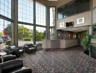 Travelodge Victoria Hotel Victoria (BC) - Lobby