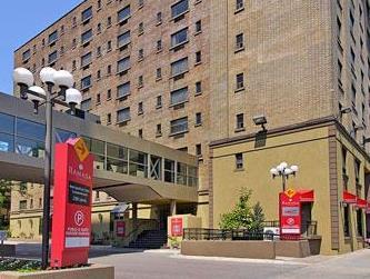 라마다 프라자 토론토 호텔
