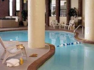 Radisson Toronto East Hotel Toronto (ON) - Swimming Pool