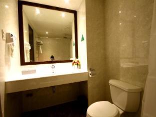 Mandarin Plaza Hotel Cebu City - Casa de Banho