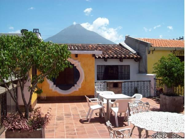 Posada Don Valentino - Hotels and Accommodation in Guatemala, Central America And Caribbean