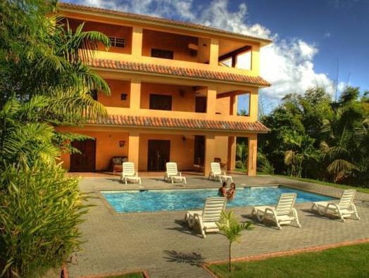 Las Palmas Inn - Hotels and Accommodation in Puerto Rico, Central America And Caribbean