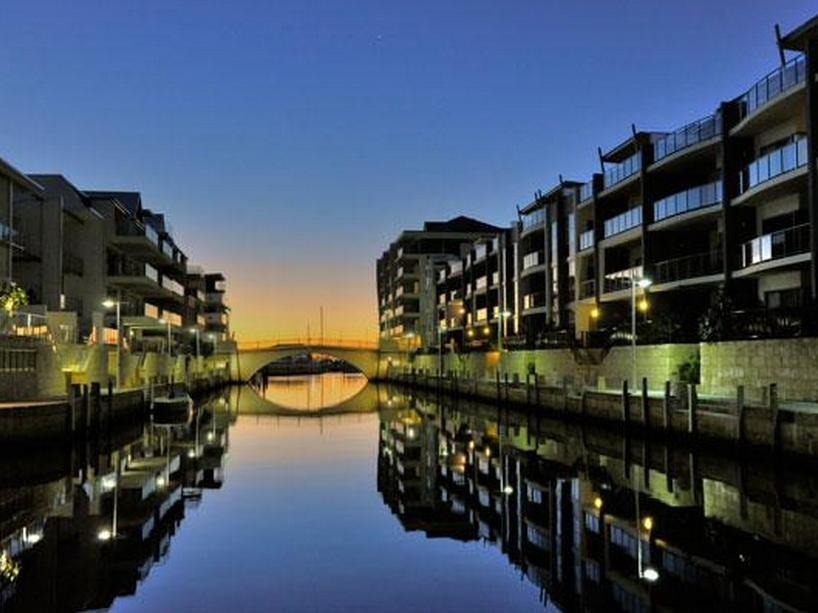 Waters Edge Luxury @ Mandurah - By the Canals Apartments - Hotell och Boende i Australien , Mandurah
