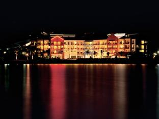 Langkawi Lagoon Resort Langkawi - Night View