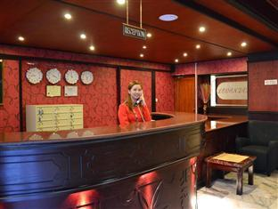 Le Vendome Hotel - Hotels and Accommodation in Bahrain, Middle East