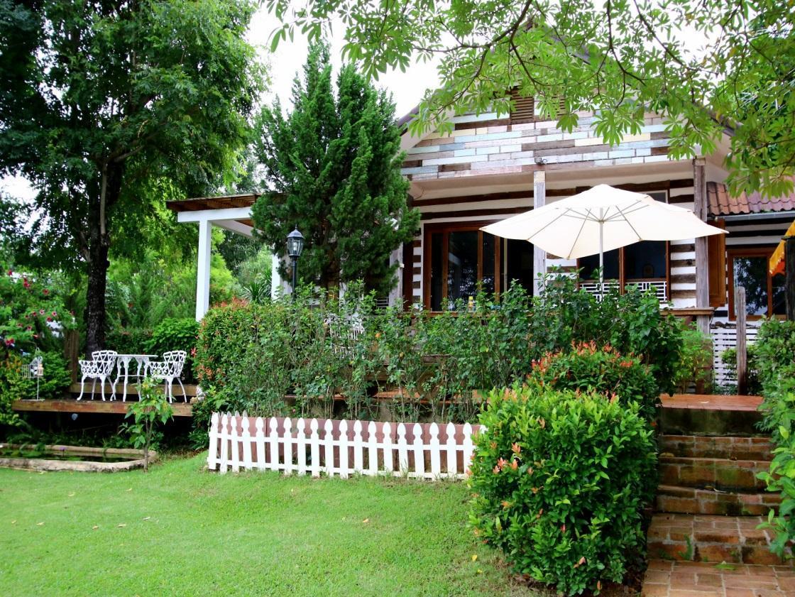 Hotell Mountain Pano Khao Yai Resort i , Khao Yai / Nakhonratchasima. Klicka för att läsa mer och skicka bokningsförfrågan